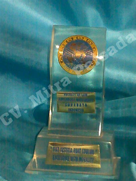 Plakat Penghargaan Aneka Plakat Custom contoh produk cvmitrapersada s