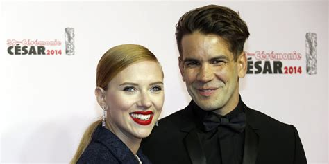 And Johansson The Knot by Johansson Secretly Marries Fiance Dauriac