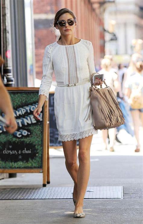 b07ldd2vx1 vacances sensuelles une collection de la robe blanche en dentelle d olivia palermo son look