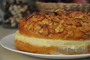 bienenstich kuchen bee sting cake bienenstich recipe dishmaps