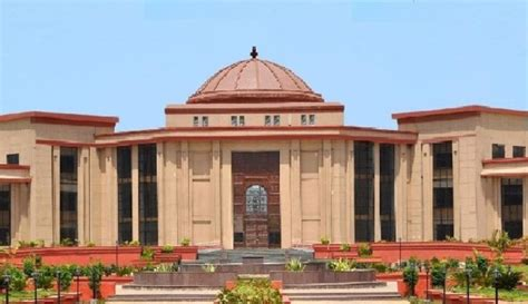 Cg Govt For Mba by Chhattisgarh Hc Orders State To Grant Books
