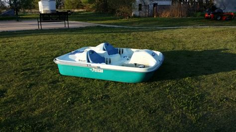 pelican 2 person paddle boat pelican paddle boat nex tech classifieds