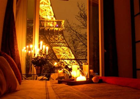 romantic candlelit bedroom eye for design decorating your bedroom boudoir style