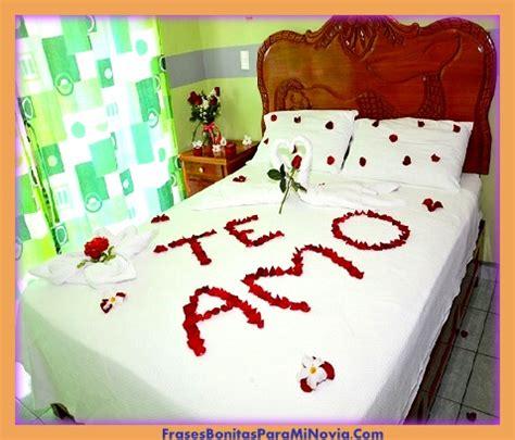 imagenes de rosas en la cama imagenes de petalos de rosas en la cama para san valentin