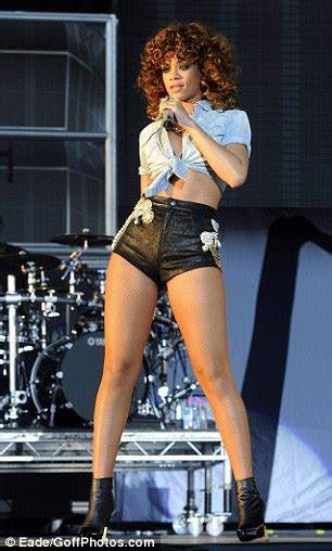 Decorated Meaning V Festival 2011 Rihanna Shows Off Her Enviable Legs In