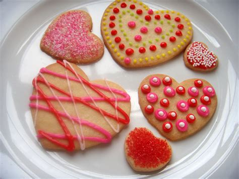 how to decorate valentine s day cookies 187 and all the