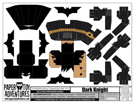 Papercraft Batman - fashion and the paper rises again