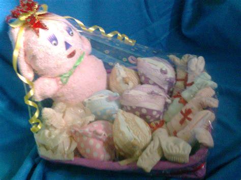 Boneka Beruang Teddy Parcel kreasi souvenir