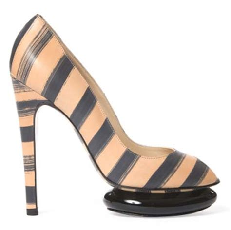 Georgina Lower Heel summer 2011 trend stripes