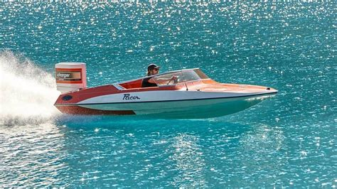 glastron boats nz classic outboards boats the hutchwilco new zealand