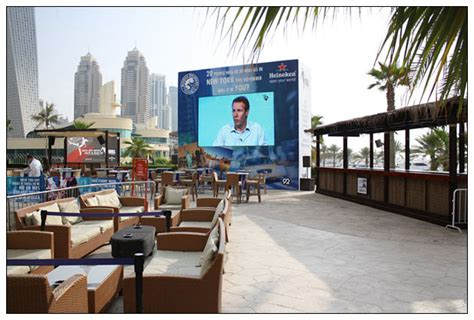 Cafe Outdoor LED Display, Dubai France News 24 Live