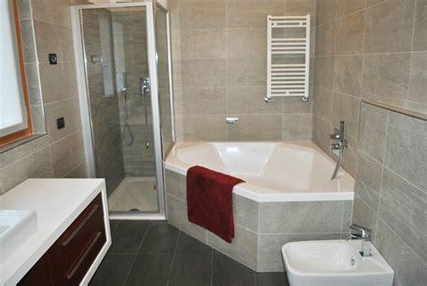 vasche da bagno angolari piccole vasche da bagno misure piccole supra vasca