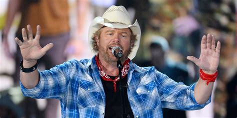 toby keith facebook toby keith is once again the highest paid country star