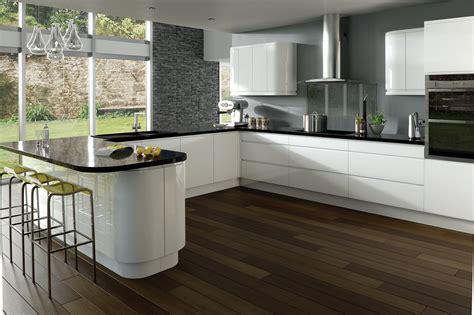 colonial integra gloss white handleless kitchen