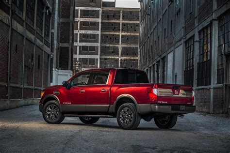 nissan truck titan 2017 2017 nissan titan half ton resembles bigger brother titan