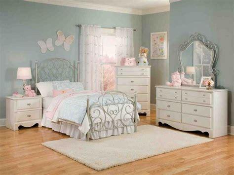 bedroom set for girls 19 best twin bedroom sets images on pinterest bedroom