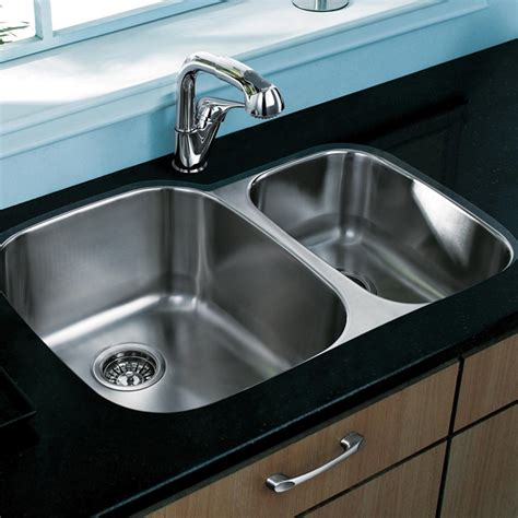 30 undermount kitchen sink vigo 30 inch undermount 70 30 bowl 18