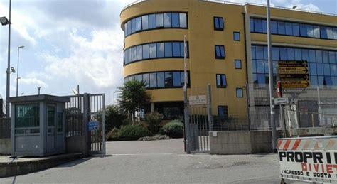 ufficio cambio roma roma promettevano permessi di soggiorno in cambio di