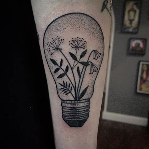 lightbulb tattoo 25 best ideas about lightbulb on