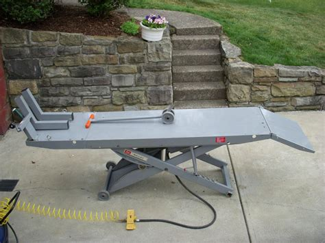 motorcycle air lift bench handy standard air motorcycle lift table harley davidson