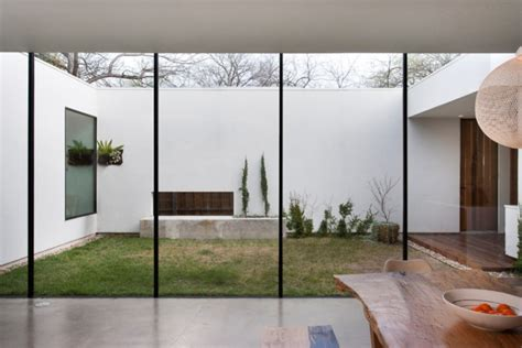 casas con patio interior estudio de interiorismo y