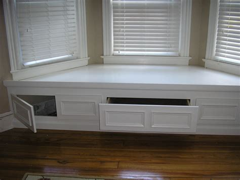 how to build a bay window bench seat with storage bay window seat for the home pinterest