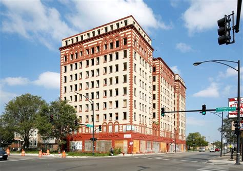 Mba Hotels For Sale by Guyon Hotel For Sale News Crain S Chicago Business