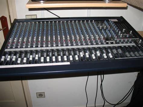 Mixer Yamaha Mg 24 Baru yamaha mg24 14fx image 312776 audiofanzine