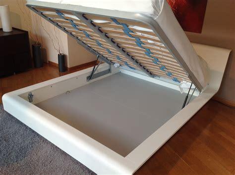 letto contenitore bianco letto con contenitore in legno di rovere laccato bianco
