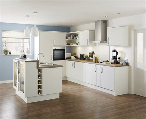 kitchen design howdens stockbridge super matt ivory kitchen range universal
