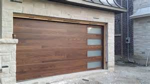Garage Door Designs Best 25 Contemporary Garage Doors Ideas On Modern Garage Doors Modern Garage And