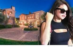 selena gomez selling calabasas mansion tmz