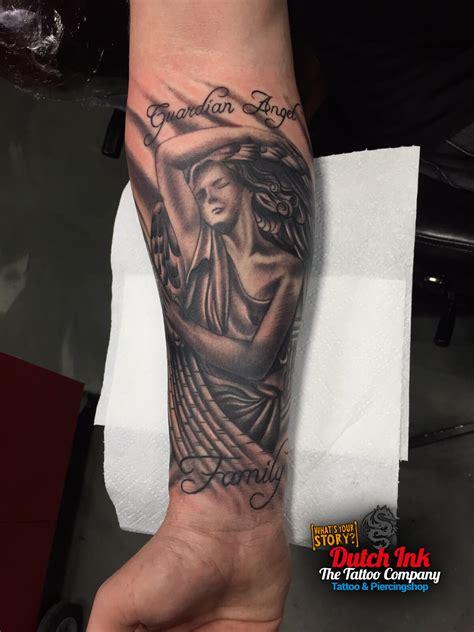 tattoo arm vleugel black and grey tattoo voorbeelden laat je inspireren door