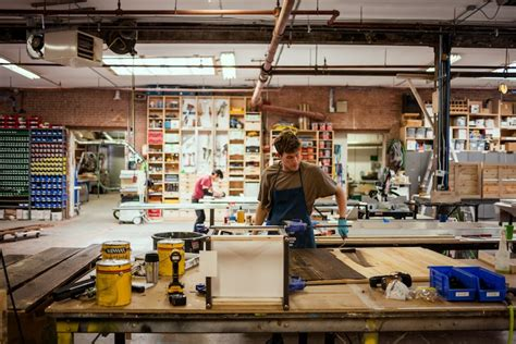 Small Home Manufacturing Business New York Tours Offer Look At Manufacturing S Revival