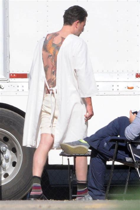 back tattoo ben affleck ben affleck flashes enormous back tattoo of colorful