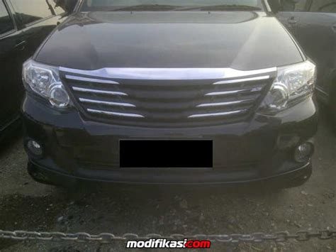 Grill Fortuner 2012 front grill fortuner 2012 13 limited model no emblem