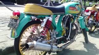 Lu Variasi Scoopy modifikasi motor and audio mp4 hd mp4