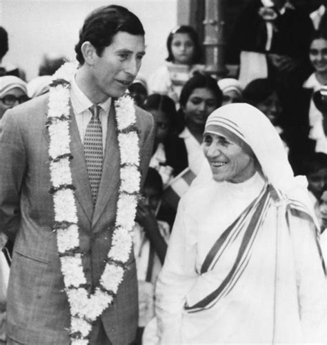 biography of mahatma gandhi and mother teresa from sister to saint mother teresa s life in photos