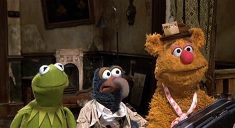 mirror movie clip fozzie bear kermit the frog a grande farra dos muppets papo de cinema