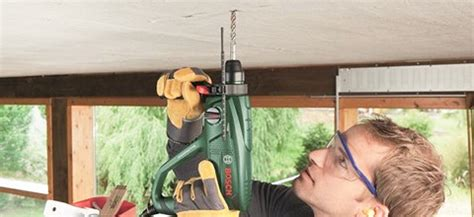 Klok Ophangen Zonder Boren by Tips Bij Het Boren In Beton Coolblue