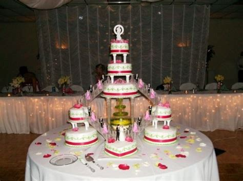 The 80?s Wedding Cake   Remember these? Bridges, stairways