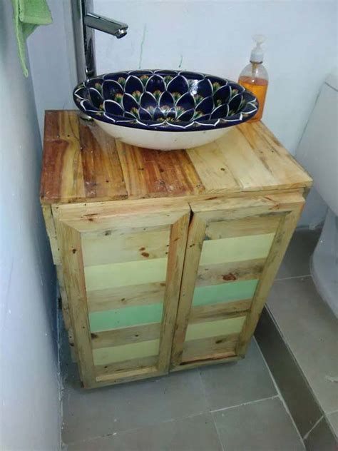 pallet wood bathroom 27 beautiful diy bathroom pallet projects for a rustic