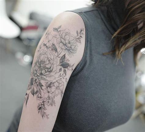 quarter sleeve tattoo female quarter sleeve tattoo ideas for men and women
