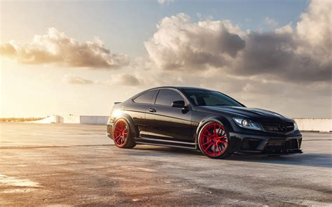 mercedes wallpaper mercedes benz c63 amg wallpapers hd wallpapers id 13480