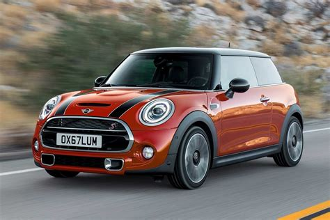 2019 Mini Cooper 3 by 2019 Mini Cooper S 3 Door Motion Front Autobics