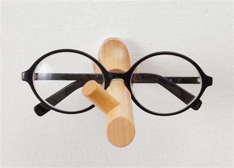 25togo pinocchio eyeglasses holder