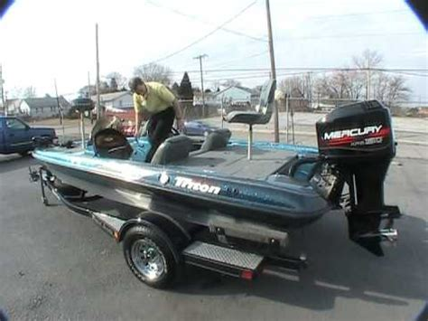 triton bass boat quality 1999 triton tr18dc at peters marine service youtube