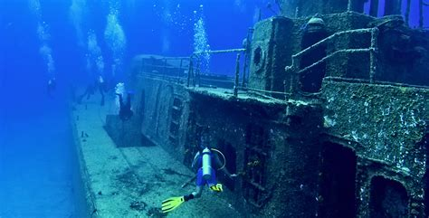 boat wreck buoy 10 wreck diving the 10 best dive sites in the world diviac
