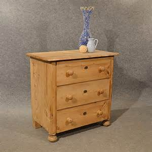 Antique Small Dresser by Antique Pine Small Chest Of Drawers Quality Antiques Atlas
