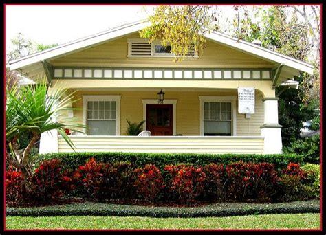 bungalow paint color schemes pick your favorite historic 419 best historic craftsman bungalow images on pinterest
